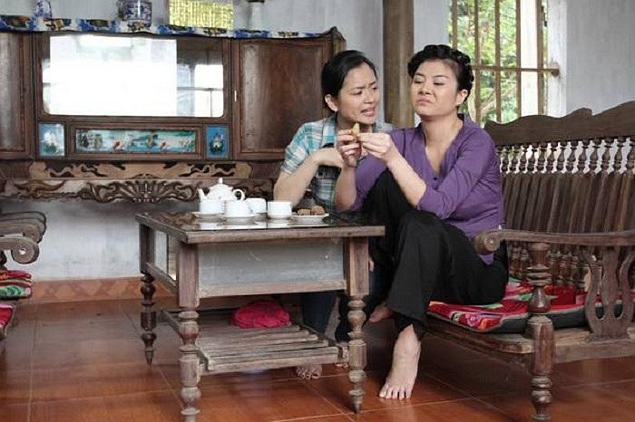 Kim Oanh trong vai cô Ló của Ma làng 2.