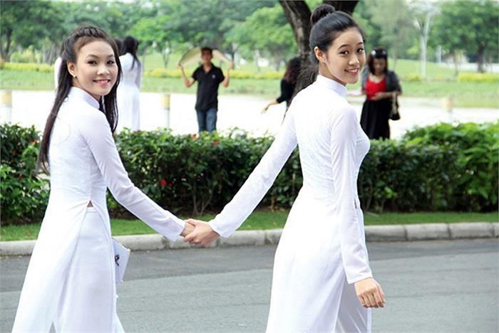 Khánh Vân được mọi người yêu mến vì sự thân thiện, hòa đồng