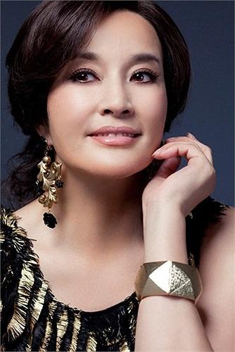 Lưu Hiểu Khánh được mệnh danh là 'mỹ nhân không tuổi' của điện ảnh Trung Quốc.