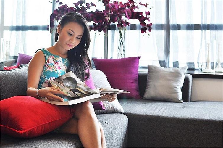 Cẩm Ly cho biết, chị rất hài lòng với thiết kế và nội thất trong căn nhà sang trọng và đẳng cấp này.