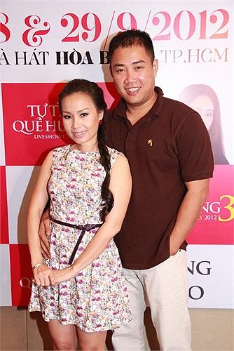 Cùng ngắm thêm những khoảnh khắc hạnh phúc của Cẩm Ly bên chồng là nhạc sỹ Minh Vy và hai cô con gái đáng yêu