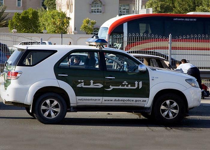 Toyota Fortuner là một trong số ít dòng xe bình dân của đội tuần tra cảnh sát Dubai