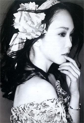 Chỉ trong 3 năm 1994-1996, cô đã góp mặt trong 13 bộ phim.