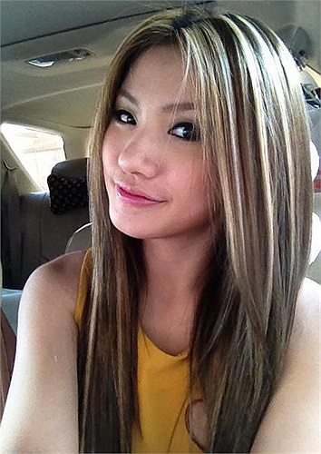 Hiện tại, cô không chỉ là một hotgirl mà còn là diễn viên trẻ tài năng, người mẫu ảnh cho nhiều tạp chí ở Campuchia
