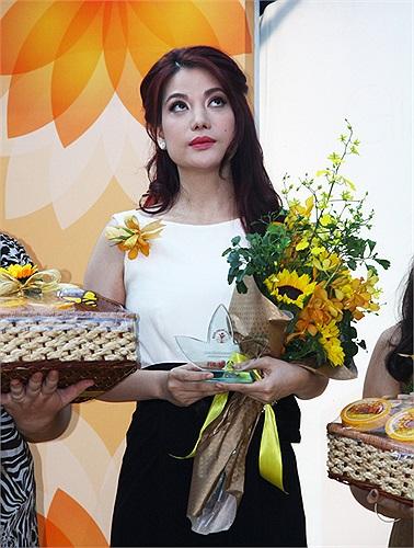 Đây được coi là hoạt động tôn vinh nhân ngày Phụ nữ Việt Nam 20/10.