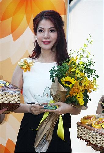 Trương Ngọc Ánh chia sẻ, chị rất vui vì nhận được giải thưởng ý nghĩa này.