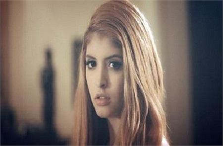 Andrea ấn tượng trong MV của YanBi.