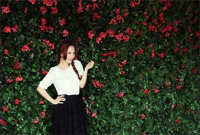 Đan Lê xinh đẹp trong bức ảnh thời trang mới.
