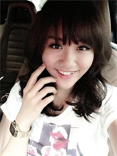 Văn Mai Hương và mái tóc mới rất Hàn Quốc.