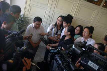 nhà báo, Bộ Thông tin và Truyền thông, người phát ngôn, báo chí