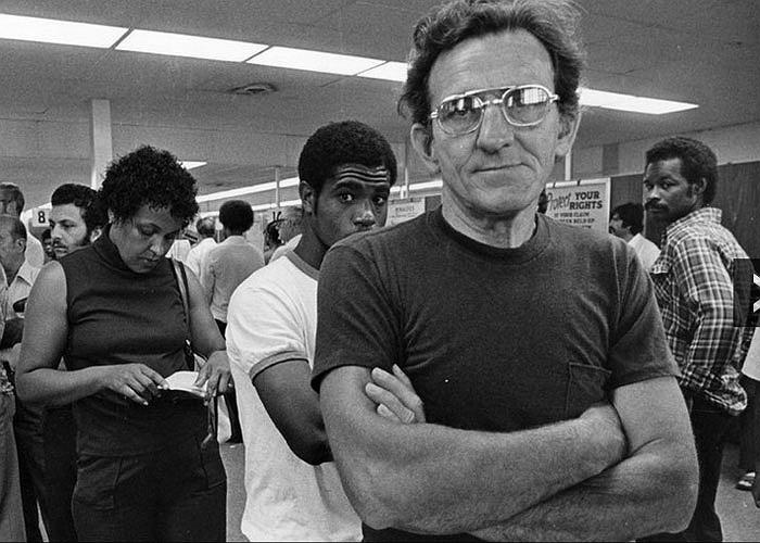 Tuy nhiên, cuộc suy thoái của ngành công nghiệp ôtô Mỹ những năm 1970, 1980 đã khiến nhiều người tại đây rơi vào cảnh thất nghiệp.