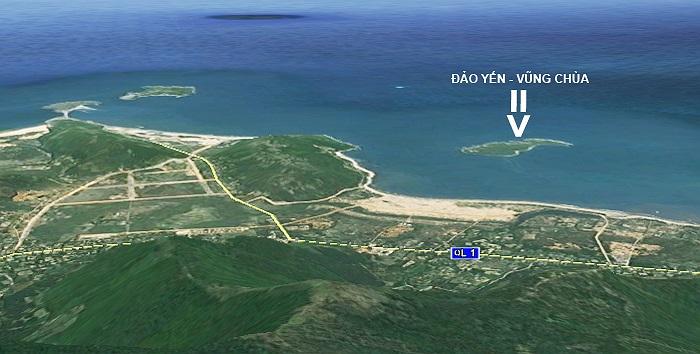 Còn đây là hình ảnh nhìn theo hướng chính Tây. Đảo Yến cách đất liền với điểm gần nhất ở thôn Thọ Sơn khoảng 1km. Hòn đảo này có diện tích 10ha và còn khá hoang sơ.