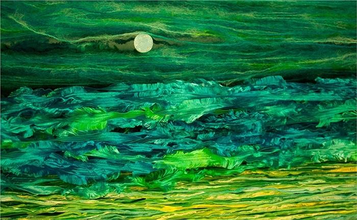 Chiếc đinh và những sợi len màu tạo ra hình ảnh biển cả và mặt trăng, một trong những tác phẩm ấn tượng của cuộc thi năm nay