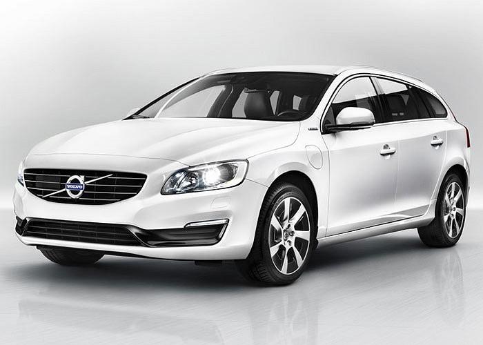 Trong số những dòng xe được bán tại Châu Âu, dòng xe sử dụng động cơ lai dầu điện, Volvo V60 Plug-in Hybrid được đánh giá có mức tiêu thụ nhiên liệu tốt nhất với mức 155mpg tương đương 1,52 lít/100 km và có lượng phát thải khí CO2 ở mức 48g/km