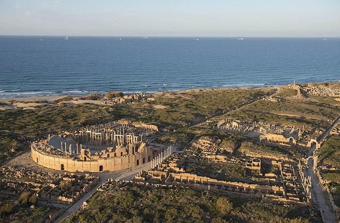 Toàn bộ khung cảnh khu di tích Leptis Magna