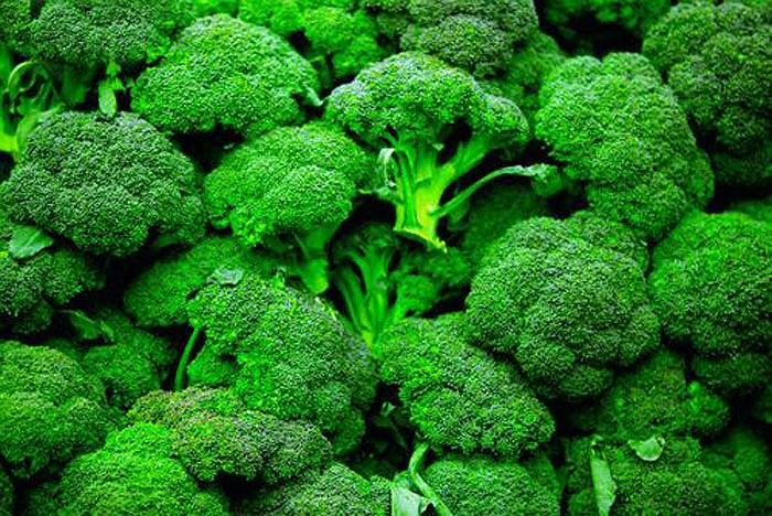 Bông cải xanh giúp chống bệnh tim và cung cấp vitamin C, một thành phần chống lão hóa tuyệt vời.
