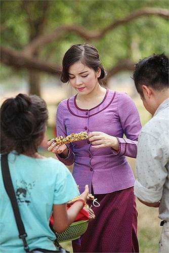 Những hình ảnh đẹp của Lý Nhã Kỳ tại đất nước Campuchia khi cựu đại sứ du lịch được mời sang để kết nối du lịch giữa Việt Nam và Campuchia.