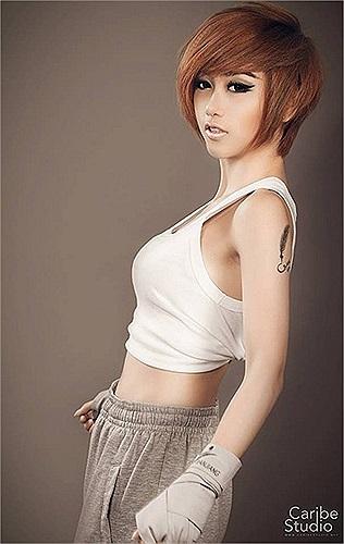 Quỳnh Nhi là fan ruột của K-Pop và chết mê với những ca khúc của 9 cô nàng quyến rũ trong nhóm SNSD.