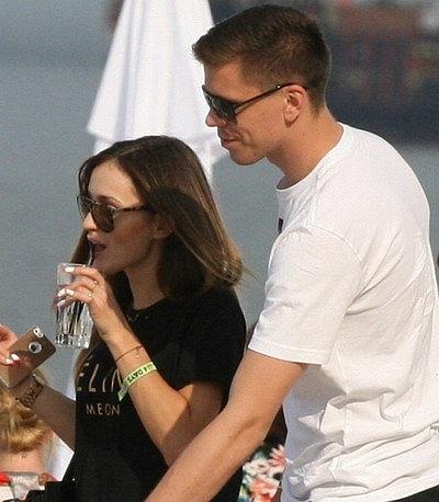 Thủ thành Arsenal Szczesny đang dính vào tin đồn phiêu lưu tình ái cùng hot girl Luczenko bất chấp việc đã có người yêu ở quê nhà Ba Lan