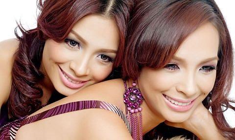 Hai chị em Thúy Hằng - Thúy Hạnh: Mỗi người một vẻ mười phân vẹn mười.