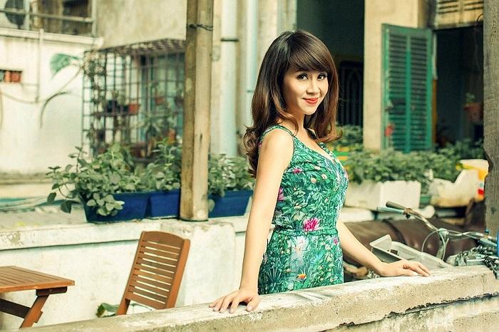 Lưu Thiên Hương thì ngày càng trẻ trung và điệu đà.