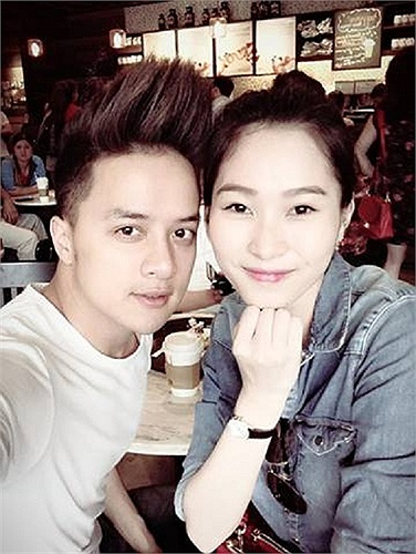 Cao Thái Sơn chụp ảnh 'tự sướng' cùng hoa hậu Thu Thảo.