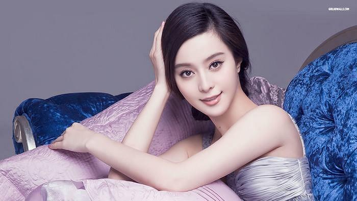 Cùng ngắm lại những hình 'trên giường' đẹp nhất của Phạm Băng Băng.