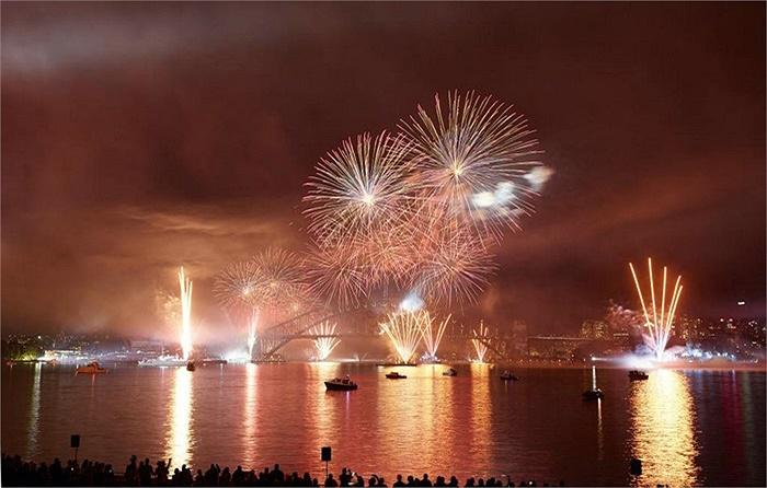 Hôm 5/10, nhiều tàu chiến từ hơn 20 quốc gia đã cập cảng Sydney để tham dự chương trình kỷ niệm 100 năm ngày hải quân hoàng gia Australia