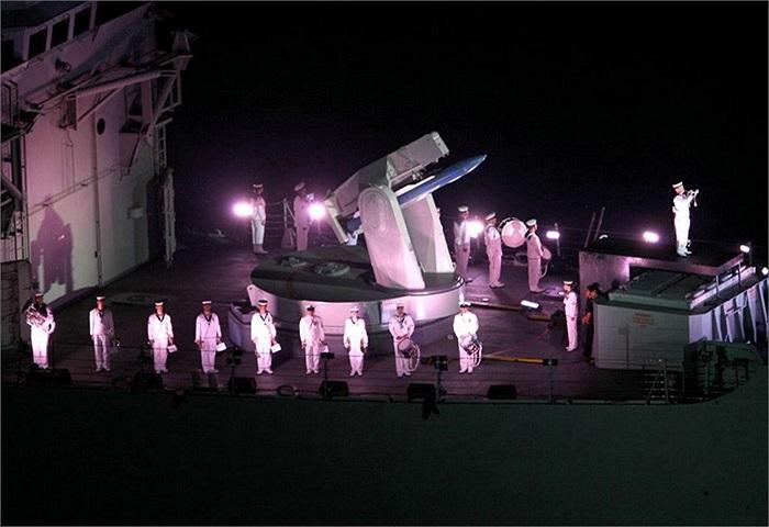 Màn trình diễn ánh sáng và pháo hoa tại cảng Sydney
