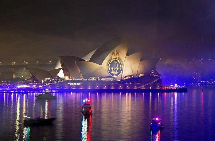 Hơn 20 chiến hạm từ Trung Quốc, Thái Lan, Mỹ, Malaysia, Pháp, Nhật Bản và Anh tới tham dự lễ hội tại cảng Sydney