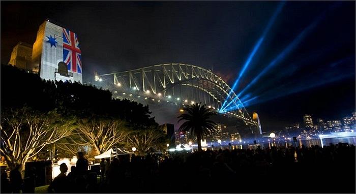 Khoảng 8.000 thủy thủ quốc tế tham dự lễ kỷ niệm này ở Sydney