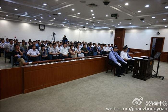 Tổng cộng có 110 người tham dự phiên tòa xét xử Bạc Hy Lai
