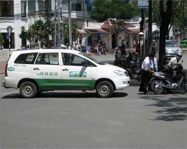 4.Tại Thành phố Hồ Chí Minh (Việt Nam) chỉ với 12,2 Đô La Sing (khoảng gần 206.000 đồng), bạn có thể đi taxi với quãng đường 45,729km