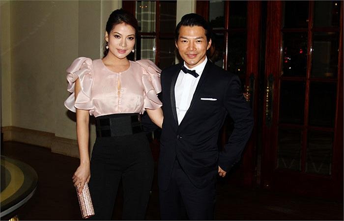 Vợ chồng Trương Ngọc Ánh là lượt đi dự tiệc.