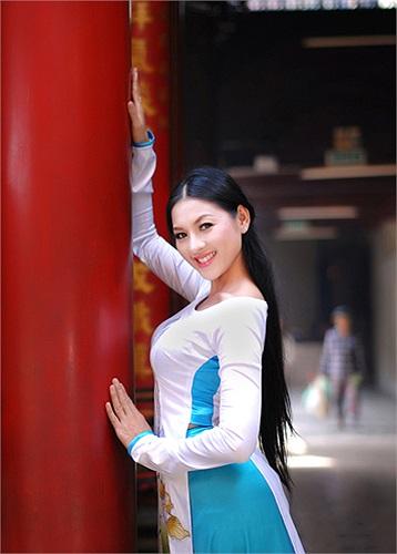 Tin: Nguyễn Hoàng