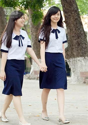 Đồng phục dễ thương của nữ sinh trường THPT Lê Quý Đôn, TP.HCM.
