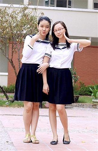 Lương Thế Vinh là trường cấp 3 thứ 2 tại Hà Nội sở hữu những bộ đồng phục đẹp. Trang phục của teen trường này được thiết kế vừa vặn, đậm chất Nhật Bản nhưng cũng phù hợp với văn hóa học đường Việt.