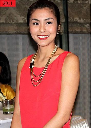 Làm dâu của một gia đình kinh doanh hàng hiệu lớn nhất Việt Nam, gu thời trang của Tăng Thanh Hà lại càn được dịp phát huy.