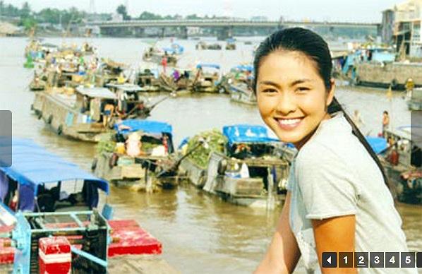 Sau đó cô gây chú ý với vai Út Nhỏ trong 'Hương phù sa' của đạo diễn Võ Tấn Bình.