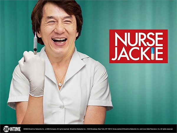 Ngôi sao còn giới thiệu bức ảnh được các fan chế thành y tá với lời dẫn:'Các fan của tôi thật hài hước'.