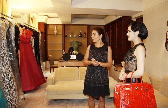 Đây đều là những thương hiệu thời trang cao cấp, haute couture, nổi tiếng của Pháp và thế giới.