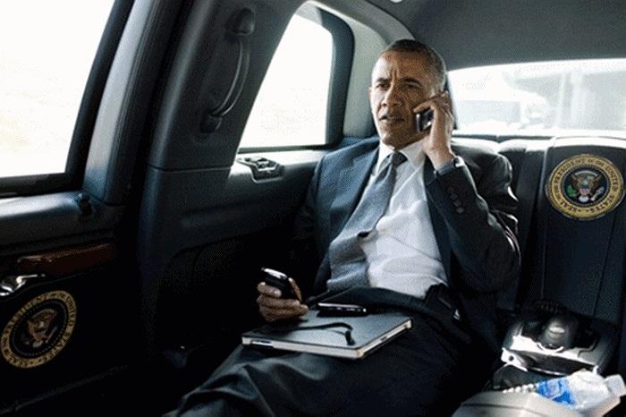 Chiếc điện thoại BlackBerry của ông Obama được chính công ty Genesis Key Inc. chế tạo và Giám đốc công ty Steven Garrett từ chối tiết lộ những thông số của máy vì lý do an ninh quốc gia.