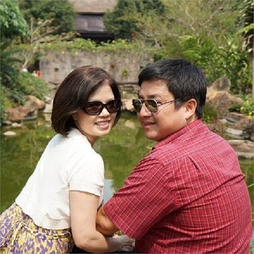 Chí Trung - Ngọc Huyền, sau mấy chục năm sống bên nhau vẫn vẹn nguyên hạnh phúc.