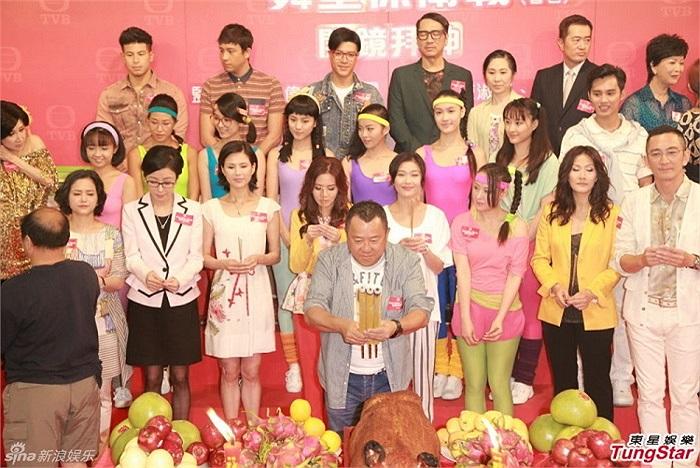 Lý Nhược Đồng sinh năm 1973, là mỹ nhân TVB nổi tiếng với những phim Thần điêu đại hiệp, Thiên long bát bộ, Dương Môn nữ tướng…