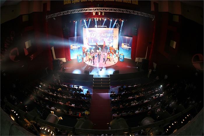 Khung cảnh Nhà hát Quân đội trong đêm gala