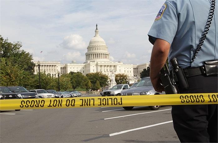 Dây phong tỏa hiện trường của cảnh sát Mỹ