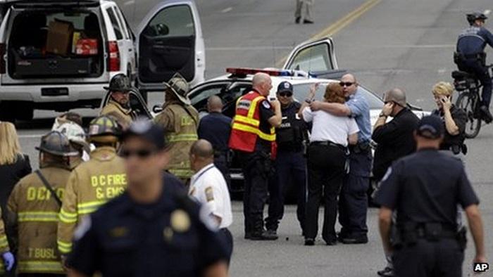 Cảnh sát có mặt tại hiện trường vụ rượt đuổi và nổ súng