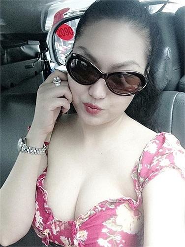 Với biệt danh búp bê, lúc nào Phi Thanh Vân cũng chụp những bức ảnh đáng yêu.