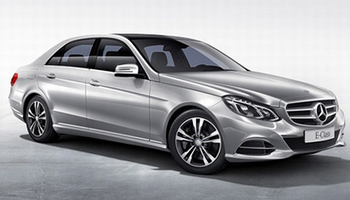 Mercedes Benz E-Class (Doanh số tiêu thụ: 13.689 chiếc)