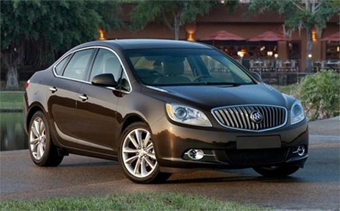 Buick Verano(Doanh số tiêu thụ: 11.395 chiếc): Đây là một dòng xe sedan hạng sang của hãng General Motors, ra đời năm 2011.  Dòng xe này được lắp động cơ 2.4l Ecotec l4 Flex-Fuel hoặc 2l Ecotec l4, với hộp số tự động hoặc số sàn 6 cấp.